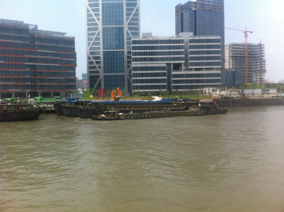 Binnenschiffe im Huangpu