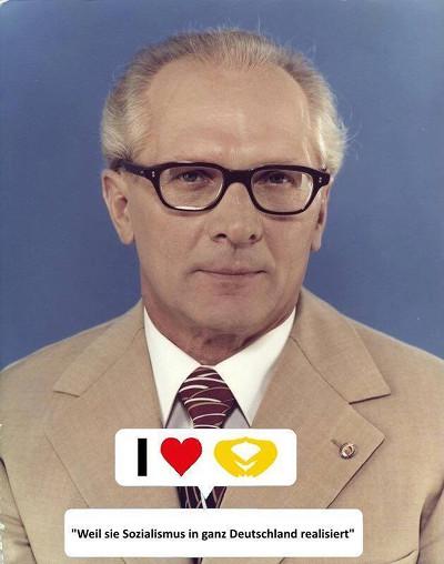 Honecker empfiehlt Merkel, weil sie Sozialismus in ganz Deutschland realisiert