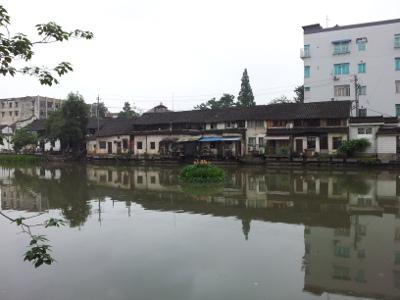 Wohnhäuser am Fluss in Wuzhen